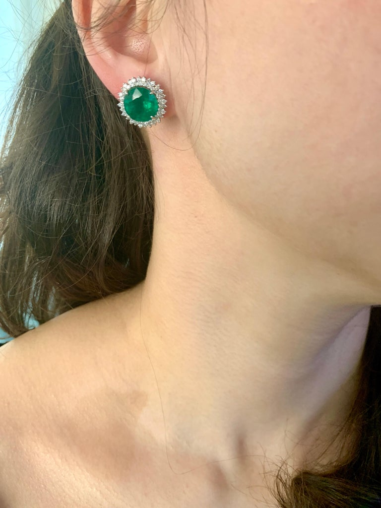 11 Carat Round Emerald and Diamond Stud Earrings 14 Karat White Gold For Sale 1