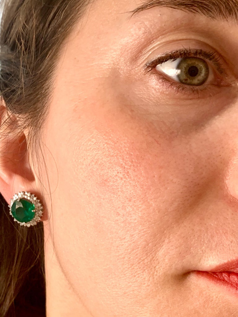 11 Carat Round Emerald and Diamond Stud Earrings 14 Karat White Gold For Sale 4