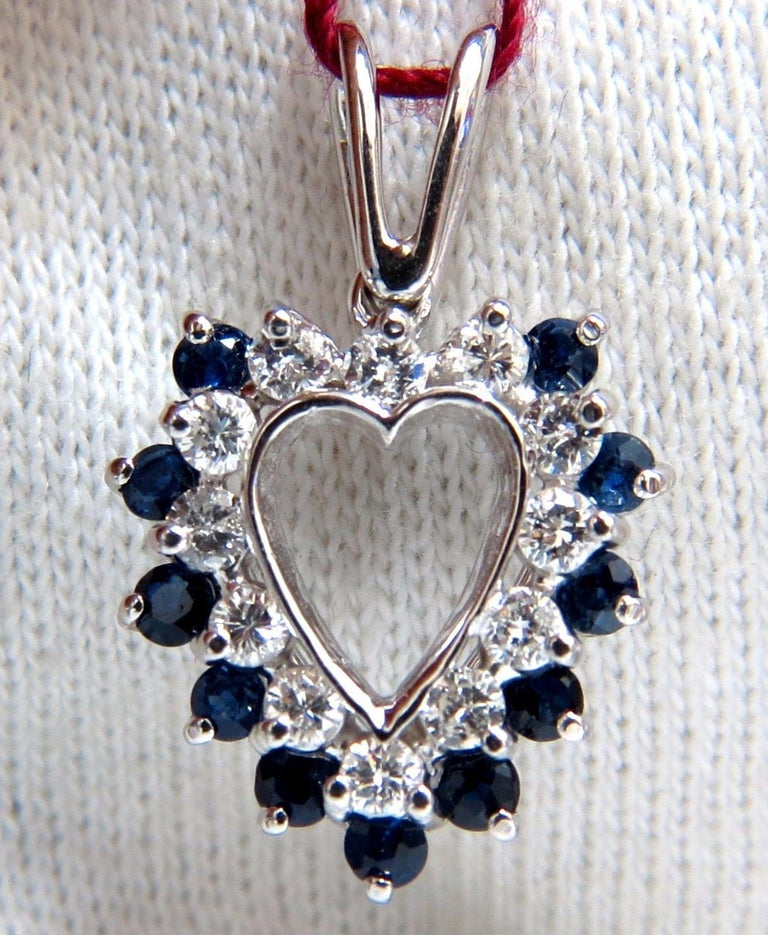 1.10 Carat Natural Sapphire Diamonds Heart Pendant 14 Karat In New Condition For Sale In New York, NY