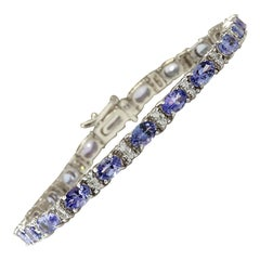 11.01 Carat Natural Tanzanite 18 Karat White Gold Diamond Bracelet