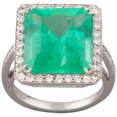 11.06 Carat French Emerald Ring