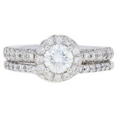 1.10 Carat Round Brilliant Diamond Ring and Wedding Band, 14 Karat Gold Halo