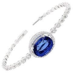 11.19 Carat Blue Sapphire Diamond Cuff 18 Karat White Gold Bracelet