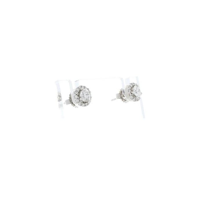 Contemporary 1.12 Carat Total Diamond Stud Earrings For Sale