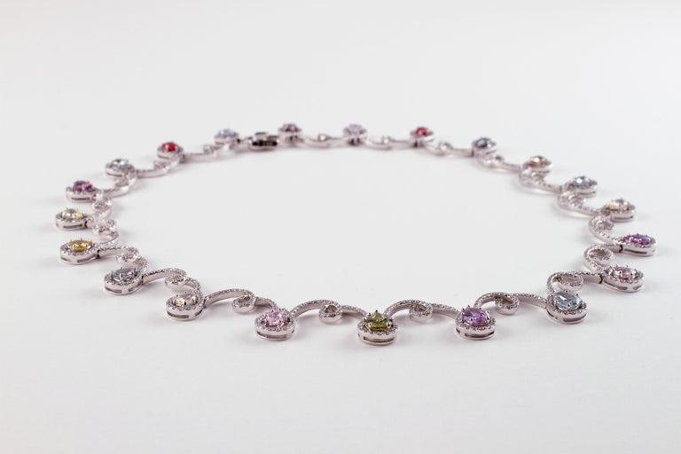 Round Cut 11.12 Carat Sapphire 4.90 Carat Diamond White Gold Necklace For Sale