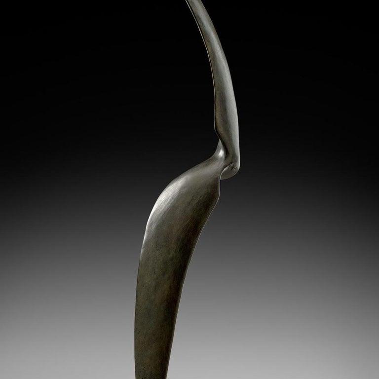 Élan - Gold Figurative Sculpture by Isabelle Thiltgès