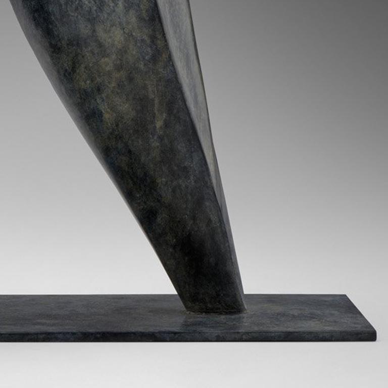 Escarmouche - Gold Figurative Sculpture by Isabelle Thiltgès