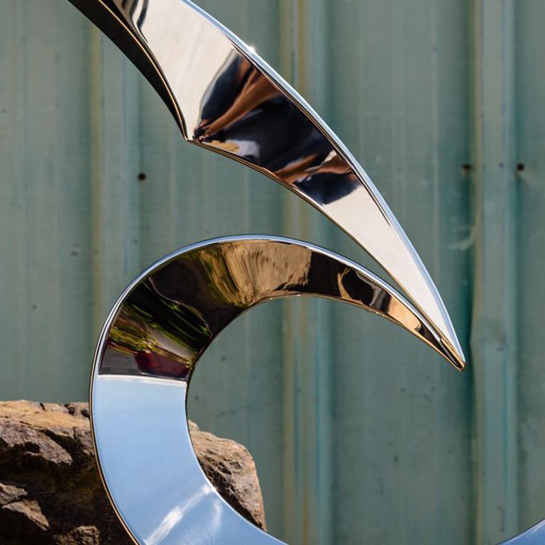 Cardinal - Sculpture by Ryan T. Schmidt