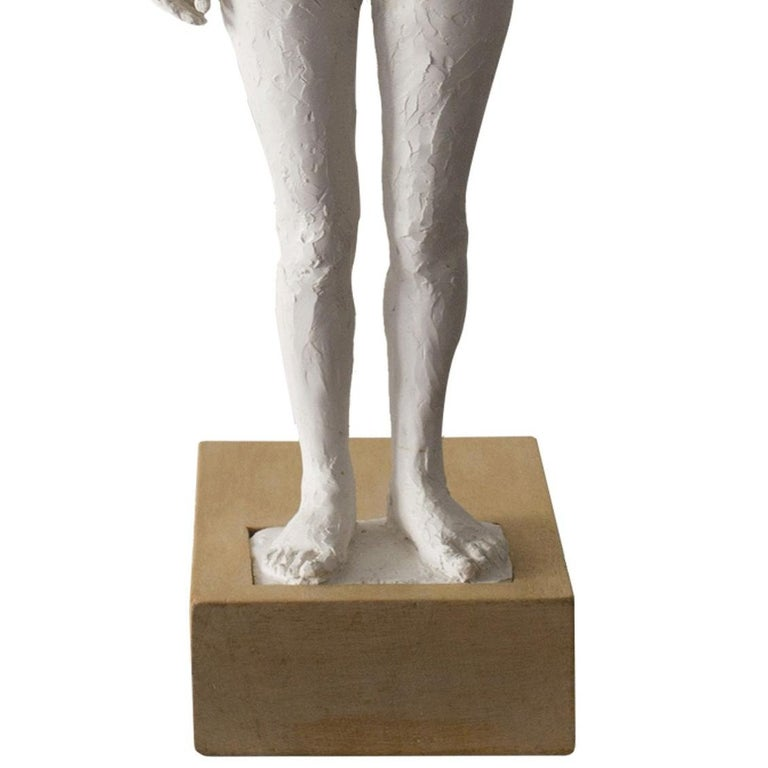 Jeanne-Isabelle Cornière was born in Paris in 1974 The sculpture work of Jeanne-Isabelle Cornière is a meditative investigation on human nature. The chosen subjects represent memories and meetings, relaying images of an attitude, of a perception