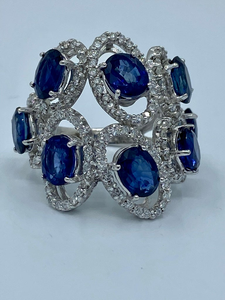 Oval Cut 11.26 Carat Natural Blue Sapphire and Diamond White Gold Cocktail Ring For Sale