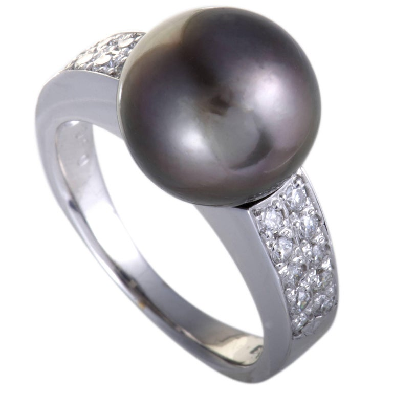 Black Pearl and Diamond Gold Cocktail Ring