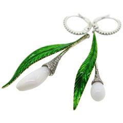 11.30 Carat White Natural Pearl and White Diamonds Dangle Earrings