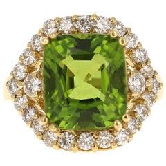 11.32 Carat Peridot Diamond 18 Karat Yellow Gold Bridal Ring