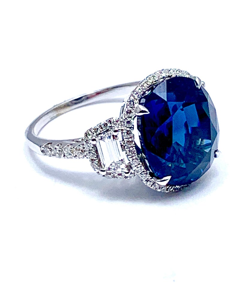 Modern 11.38 Carat Oval Sapphire and Diamond 18 Karat White Gold Cocktail Ring For Sale