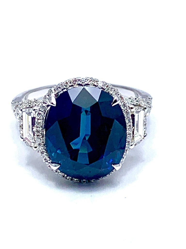 Oval Cut 11.38 Carat Oval Sapphire and Diamond 18 Karat White Gold Cocktail Ring For Sale