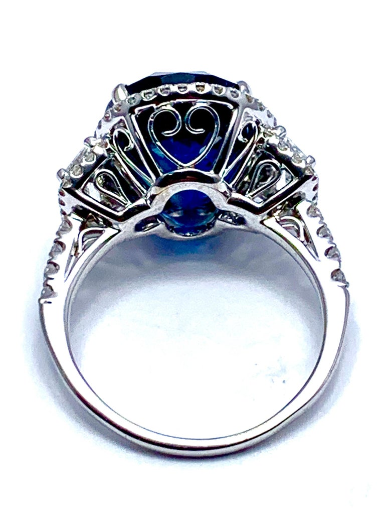 11.38 Carat Oval Sapphire and Diamond 18 Karat White Gold Cocktail Ring In Excellent Condition For Sale In Washington, DC