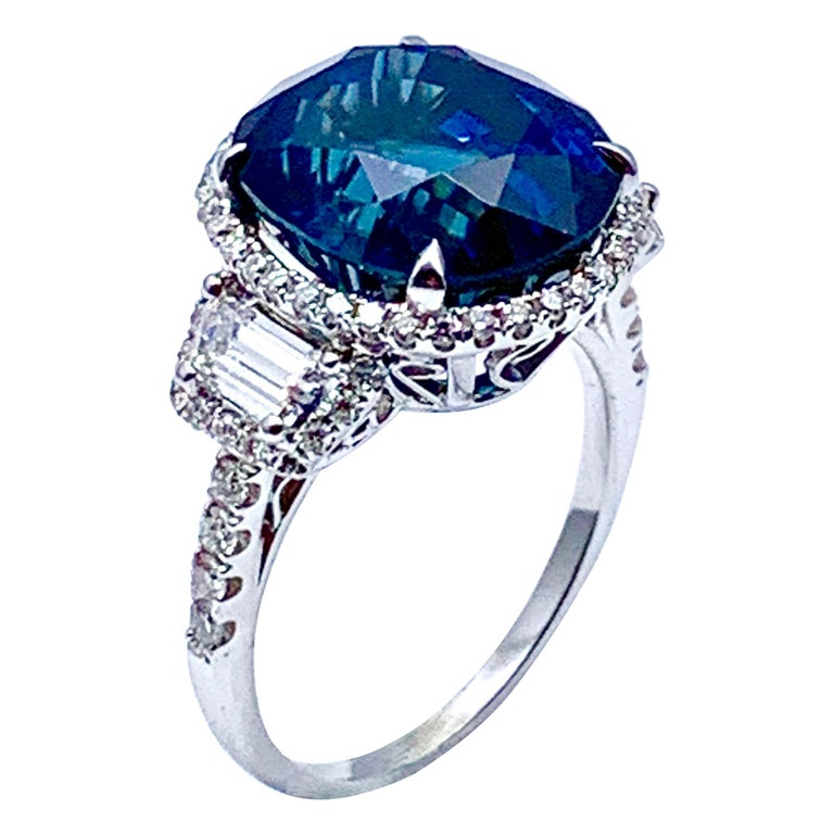 11.38 Carat Oval Sapphire and Diamond 18 Karat White Gold Cocktail Ring For Sale