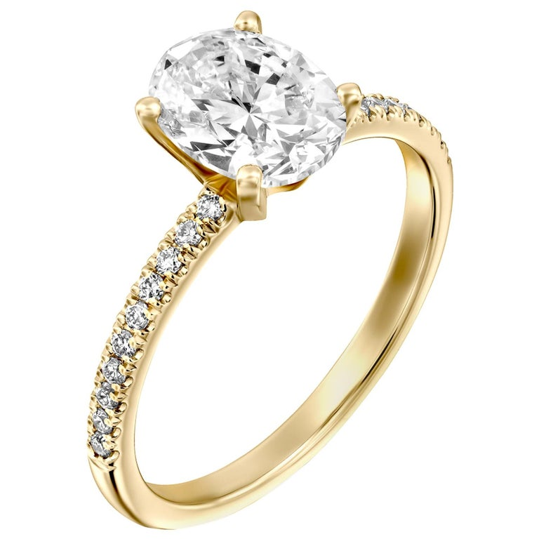 1.15 Carat GIA Oval Cut Diamond Ring, 18 Karat Solitaire Engagement Ring For Sale