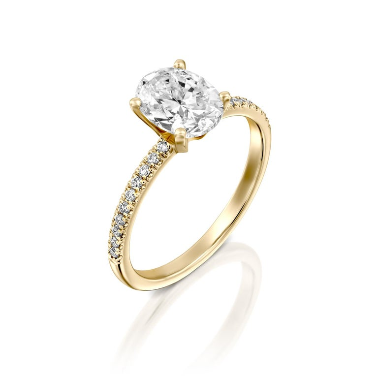1.15 Carat GIA Oval Cut Diamond Ring, 18 Karat Solitaire Engagement Ring In New Condition For Sale In New York, NY