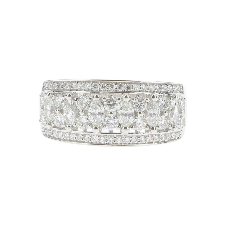 1.15 Carat Marquise or Round Lace Ring 18 Karat Gold Fashion Ring Cocktail Ring For Sale
