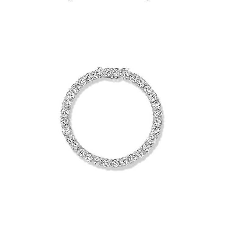 1.15 Carat Total Diamond White Gold Circle Pendant In New Condition For Sale In Chicago, IL