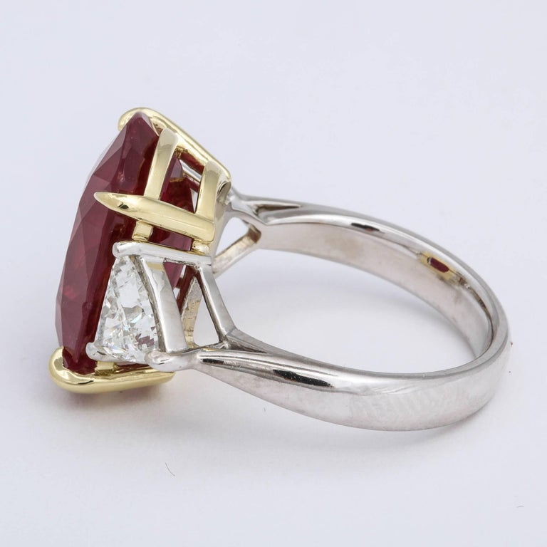 Women's 11.50 Carat GIA Certified Ruby Ring For Sale