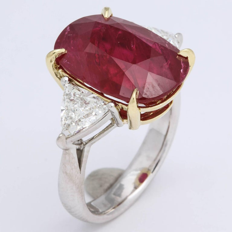 11.50 Carat GIA Certified Ruby Ring For Sale 2