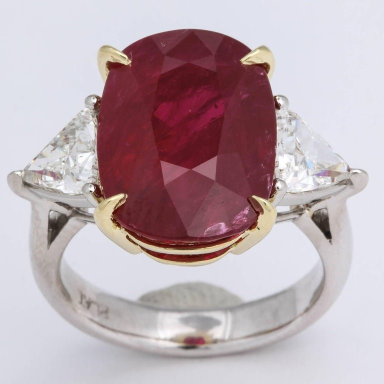 11.50 Carat GIA Certified Ruby Ring For Sale 3