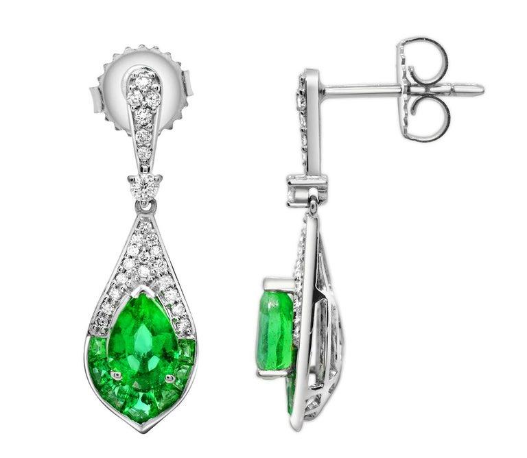 Pear Cut 1.15 Carat Pear Emerald and Diamond 14 Karat White Gold Drop Earrings For Sale