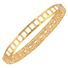 1.16 Carat Diamond Bengal 18 Karat Yellow Gold Open Clasp