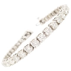 11.64 Carat Round Brilliant Cut Diamond Tennis Bracelet 14 Karat White Gold