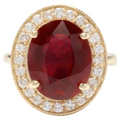 11.75 Carat Impressive Natural Red Ruby and Diamond 14 Karat Yellow Gold Ring