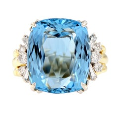 11.75 Carat Natural Aquamarine Diamond Cocktail Ring