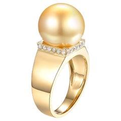 Gold Pearl Diamond Ring in 18 Karat Yellow Gold