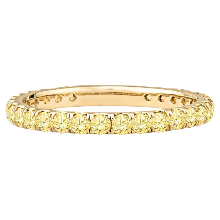 1.18 Carat Round Yellow Natural Sapphires in 14 Karat Yellow Gold For Sale