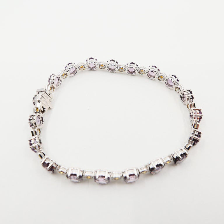 Round Cut 11.83 CTW Spinel and Fancy Vivid Yellow Diamond Bracelet Set in 18k White Gold For Sale