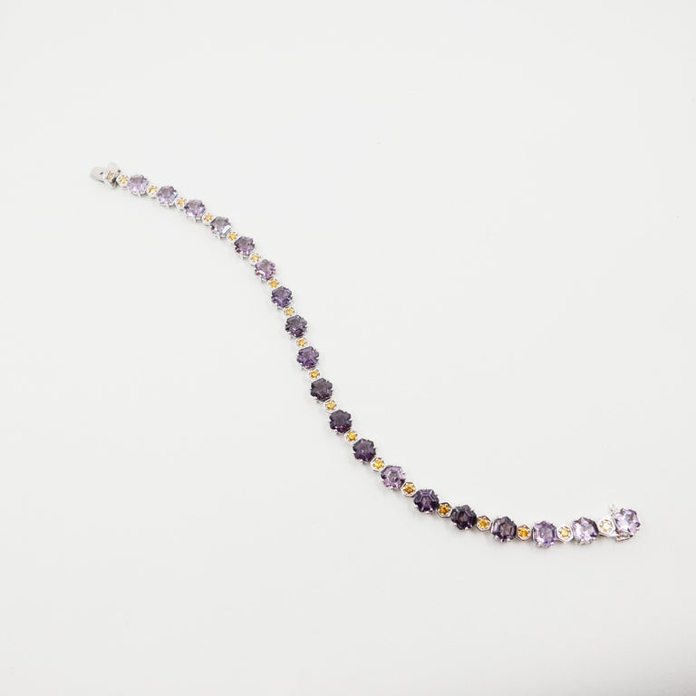 11.83 CTW Spinel and Fancy Vivid Yellow Diamond Bracelet Set in 18k White Gold In New Condition For Sale In Hong Kong, HK