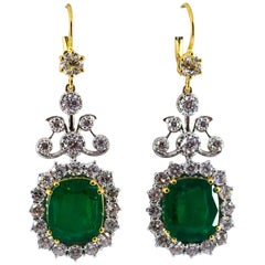 11.85 Carat Emerald 4.47 Carat White Diamond White Gold Drop Lever-Back Earrings