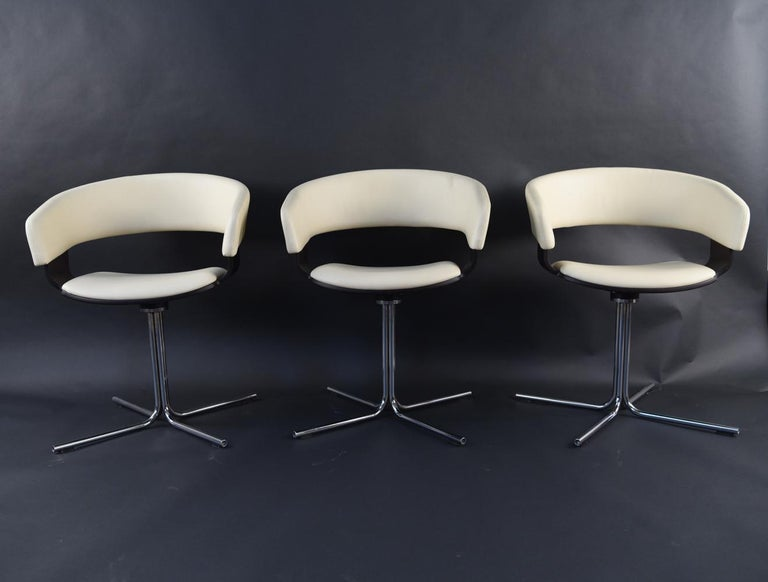 Contemporary 12 Allermuir Mollie Swivel Leather and Chrome Chairs For Sale
