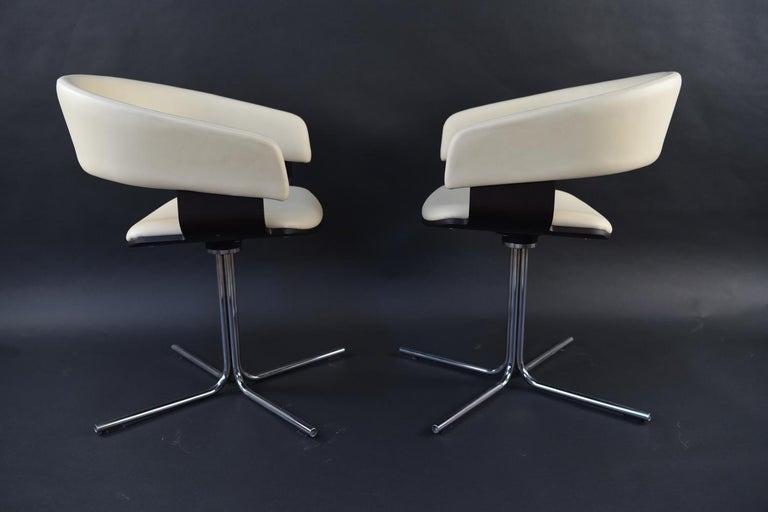 12 Allermuir Mollie Swivel Leather and Chrome Chairs For Sale 3