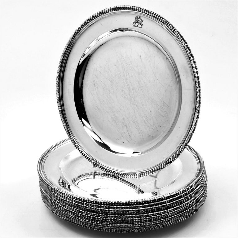 12 Antique George III Sterling Silver Dinner Plates 1798 Gadroon, 18th Century For Sale 1