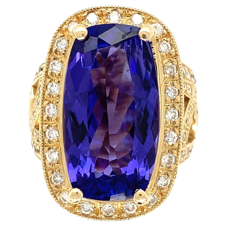 12 Carat Cushion Tanzanite and Diamond Gold Cocktail Ring Estate Fine Jewelry For Sale