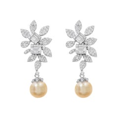 1.2 Carat Diamond and 17.5 Carats South Sea Pearl Drop Earring