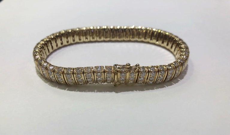 12 Karat inmitten einer Runde natürliche brillanten 14 Karat Gold Armband 3