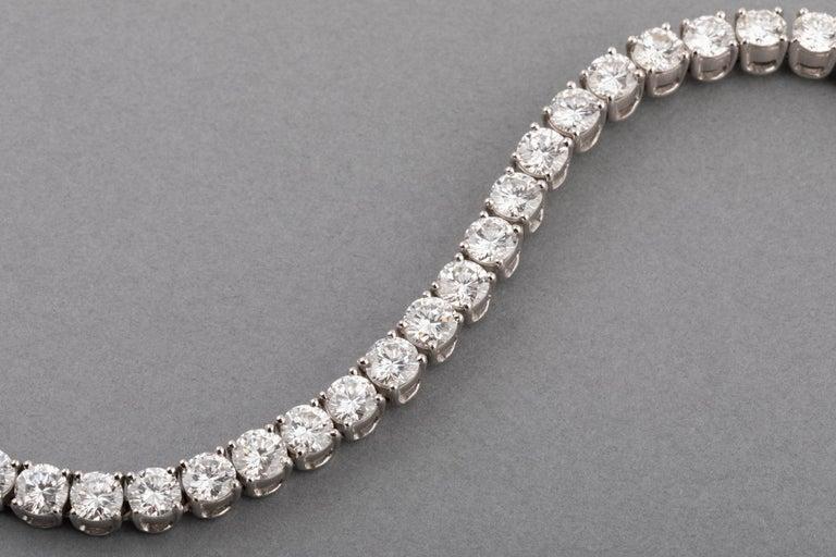 12 Carats Diamonds French Tennis Bracelet For Sale 1
