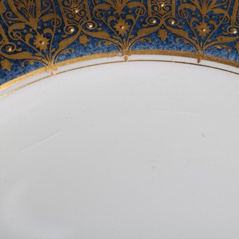 20th Century 12 English Ovington Bros. Gilt Porcelain Dinner Plates by Royal Worcester For Sale