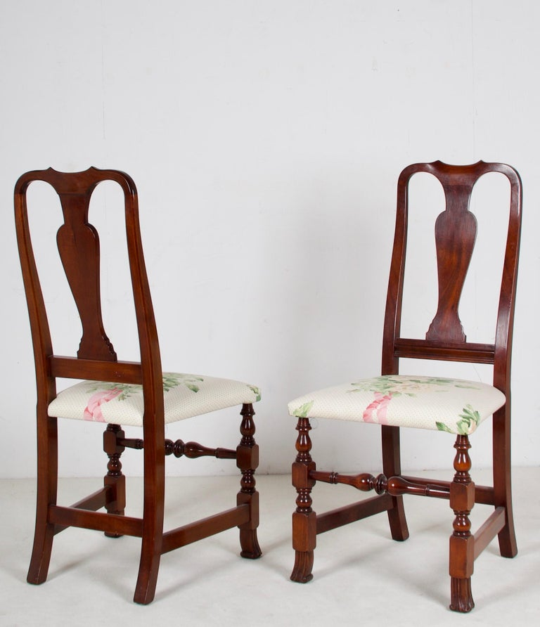 12, George III Style Mahogany Dining Chairs, 2 Armchairs, 10 Side Chairs In Good Condition For Sale In San Francisco, CA