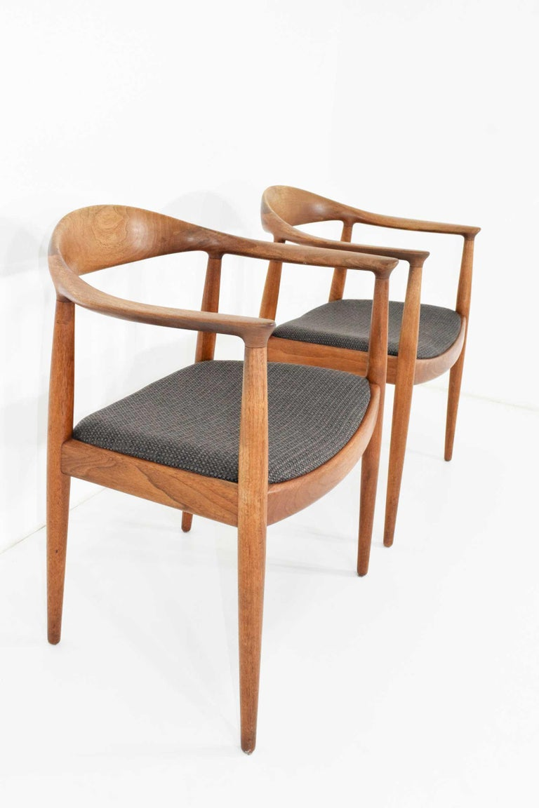 12 Hans Wegner Round Chairs For Sale 5
