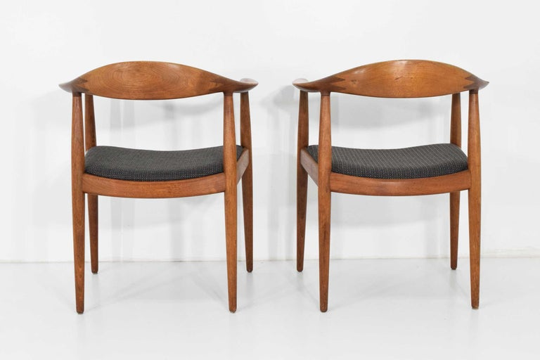 12 Hans Wegner Round Chairs For Sale 7