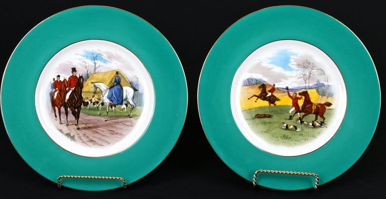 12 Minton Hand Painted Fox Hunt Plates, by Artist J.E. Dean In Good Condition For Sale In New York, NY